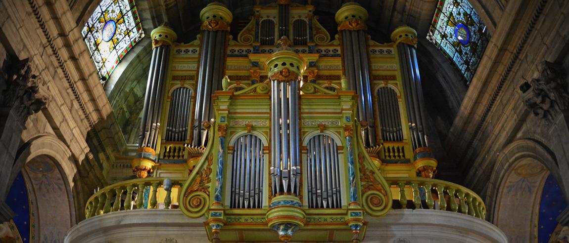L'orgue de la collégiale Saint-Martin