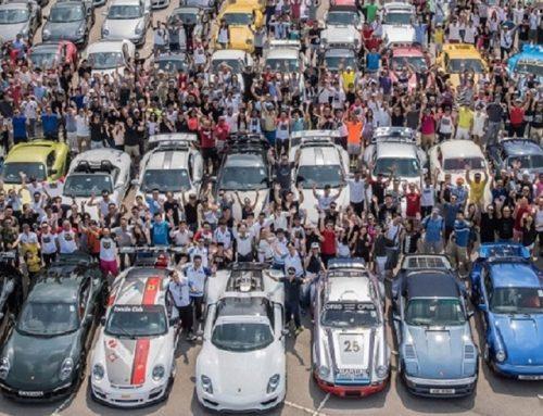 150 Porsche sur la place Jean-Jaurès !