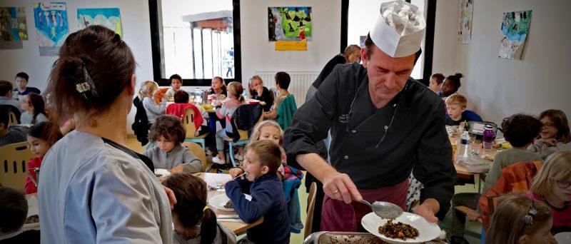 La restauration scolaire saint-rémoise parmi les plus performantes de France