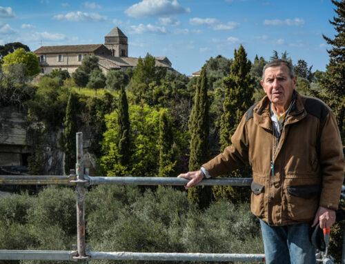 Jean-Louis Paillet raconte le monolithe du Mas de la Pyramide